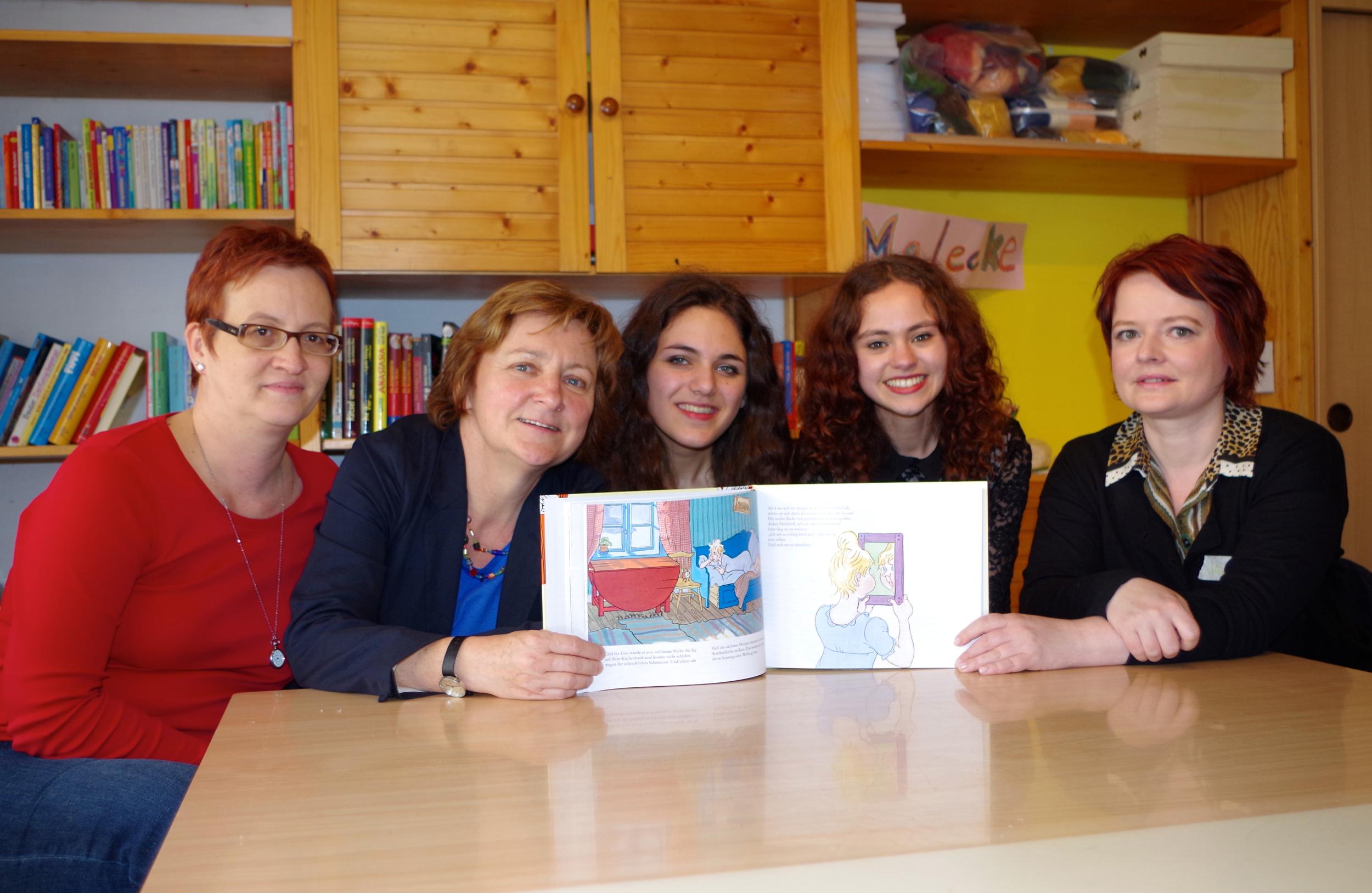 v.l.n.r.: Bianca Großkreutz, Elke Dörr, Sarah Al-Tabatabaee, Dunja Hayek, Verena Osgyan